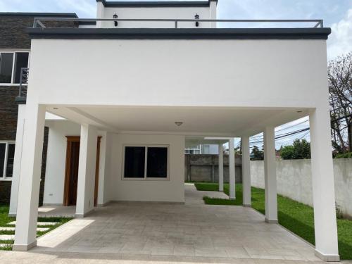 House Residencial San Ignacio